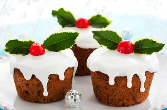 MINI SPONGE CHRISTMAS CAKES RECIPE!  *      *