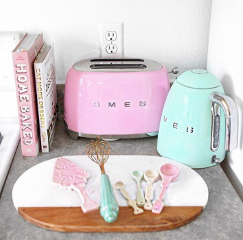 Brighten Up With Pastel Pops Of Colour In The Kitchen